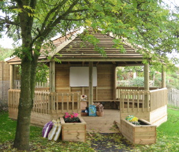 The splendid new outdoor classroom. Waiting for the children to arrive. Harlington Lower School