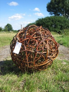 18 inch diameter willow ball