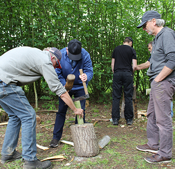 Cleaving a piece of ash using a froe. Make a spoon with Wassledine, Saturday 30 May 2020