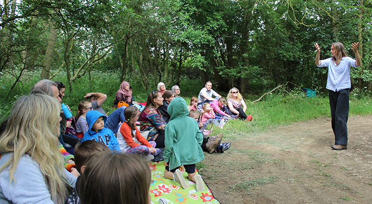 https://www.greensandtrust.org/Event/woodland-walk-full-of-stories with Wassledine Storytelling on 28 August 2019