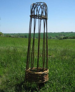 A 4 foot willow cloche